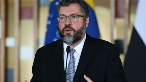 Ngoại trưởng Brazil đệ đơn từ chức vì không mua được vaccine Covid-19 từ Trung Quốc và Mỹ?