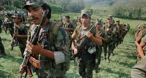 CIA đã trợ cấp vũ khí cho phiến quân như thế nào?