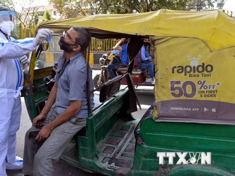 Dịch COVID-19: Nhiều tên tuổi nổi tiếng Ấn Độ bị lây nhiễm bệnh
