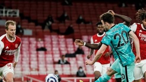 Liverpool thắng đậm Arsenal 3-0