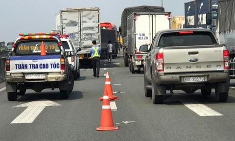 5 ôtô tông liên hoàn trên cao tốc TPHCM - Trung Lương