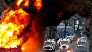 Bạo động Bắc Ireland: Tấn công bom xăng, Thủ tướng Anh lo ngại
