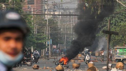 Myanmar: Vũ khí tự chế 'vô hiệu', nhiều người biểu tình thiệt mạng