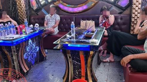 Phát hiện nhiều nhóm thanh niên tổ chức 'tiệc ma túy' trong phòng karaoke