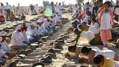 Độc đáo Lễ tảo mộ Ramưwan của đồng bào Chăm