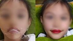 Xăm môi cho bé 5 tuổi: Thật khó chấp nhận được!