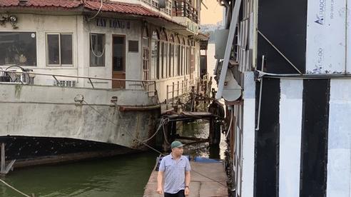 Hà Nội: Đột nhập 'nghĩa địa' du thuyền, nhà hàng nổi tiền tỷ trên hồ Tây