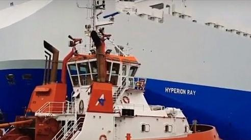 Tên lửa đáp thẳng xuống tàu Israel ở ngoài khơi UAE, đồn đoán dính líu Iran sau tuyên bố 'phục thù'