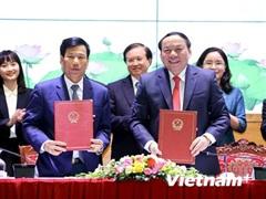 Chính thức bàn giao nhiệm vụ Bộ trưởng Bộ Văn hóa, Thể thao và Du lịch