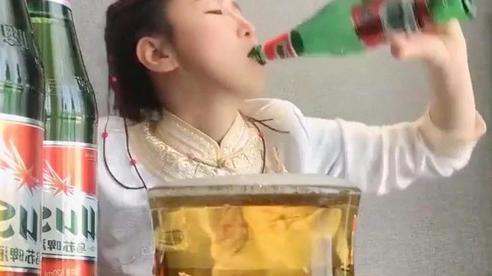 Trào lưu nốc rượu của streamer Trung Quốc