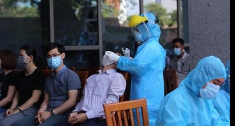 Giám đốc Sở Tư pháp là F1, Đà Nẵng xét nghiệm 1.400 cán bộ