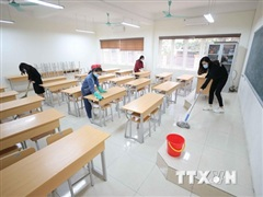 Các địa phương cho học sinh tạm dừng đến trường để ứng phó COVID-19