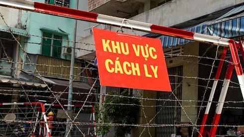 Bé trai 9 tháng nghi mắc COVID-19 ở Hà Nội có nhiều F1 dưới 5 tuổi, chưa tìm được người đi cùng xe