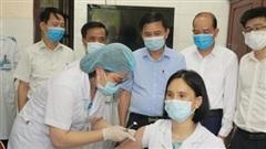 Hà Nam tiêm vaccine ngừa Covid-19 cho 4.717 người