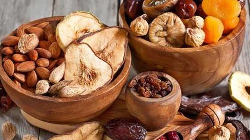 Trái cây khô: Ăn thế nào cho đúng?