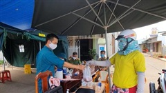 Nhiều trường hợp F1 Covid-19 đi máy bay, xe khách về Đắk Lắk