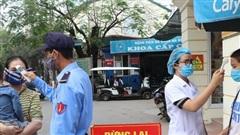 Bệnh viện cấm thăm hỏi bệnh nhân, phân luồng chặt chẽ để hạn chế nguy cơ lây nhiễm COVID-19