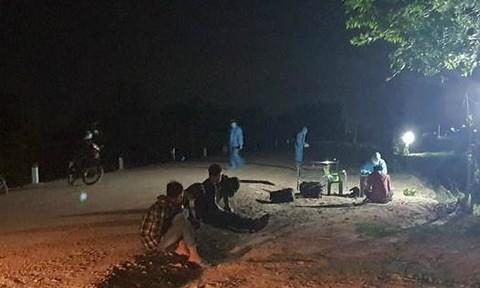 Bắt giữ 5 người nhập cảnh trái phép từ Campuchia vào Việt Nam