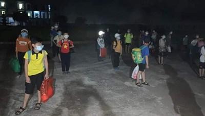 Nam Định: Một học sinh lớp 6 dương tính với SARS-CoV-2, cả lớp phải cách ly tập trung