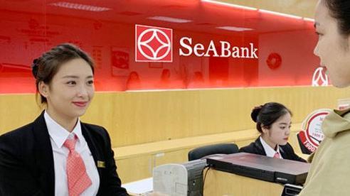 Ngân hàng hỗ trợ khách hàng chuyển tiền quốc tế