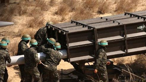 Hamas dùng pháo xa gấp nhiều lần Grad tấn công Israel