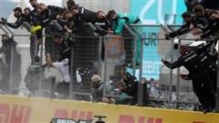 Mercedes-AMG 'đốt' 459 triệu USD để bảo vệ ngôi vô địch F1 năm thứ 7 liên tiếp