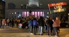 Mỹ: Bồi thường khủng cho người da màu bị cảnh sát bắn chết