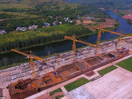 Trung Quốc đóng phiên bản riêng của siêu tàu chở khách Titanic