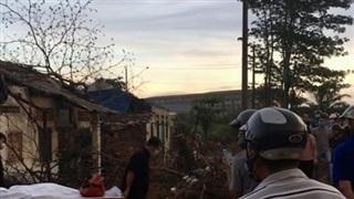 Tá hỏa phát hiện người đàn ông tử vong trong căn nhà hoang