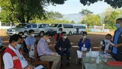 Chuyên gia y tế Việt Nam đề xuất những giải pháp quyết liệt chống dịch COVID-19 tại Lào