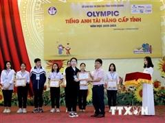 Đỗ Trần Diễm Mai - 'nhà khoa học' trẻ của Trường Phổ thông Tuyên Quang