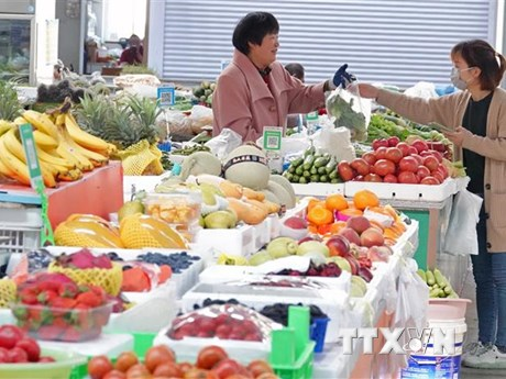 Đà phục hồi kinh tế của Trung Quốc chịu thêm nhiều áp lực