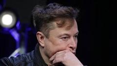 Cổ phiếu Tesla lao dốc, Elon Musk mất ngôi giàu thứ hai thế giới