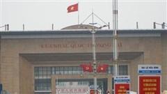 Quảng Ninh: Thực hiện niêm phong cabin xe vận chuyển hàng XNK qua địa bàn Móng Cái