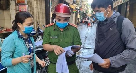 Hai con của người phụ nữ bán bánh canh dương tính với SARS-CoV-2