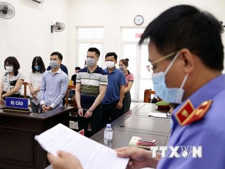 Phạt tù nhóm tổ chức cho người trốn sang Hàn Quốc theo chuyên cơ