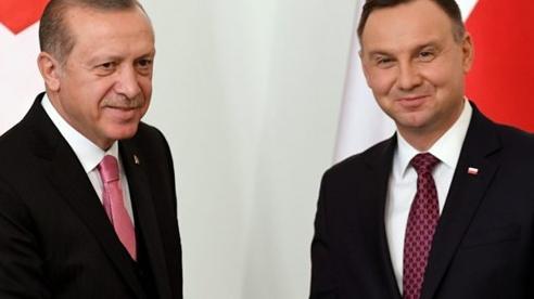 Tổng thống Ba Lan thăm Thổ Nhĩ Kỳ, hợp đồng 24 máy bay không người lái đang chờ ký
