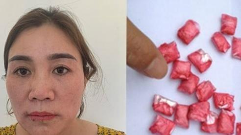 'Nữ quái' nuốt chửng 47 viên ma túy tổng hợp vào bụng khi bị bắt