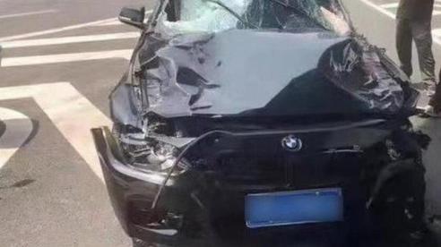 Trung Quốc: Lái xe hơi tông chết 5 người để 'trả thù đời'