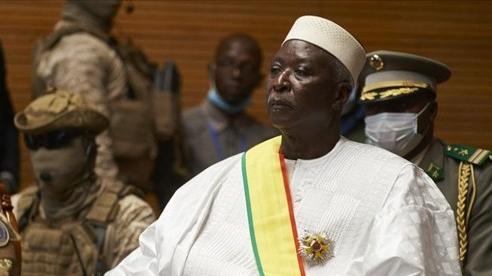 Đảo chính ở Mali: Tiết lộ địa điểm giam giữ Tổng thống, Thủ tướng; Hàng loạt tổ chức quốc tế kêu gọi quân đội thả người