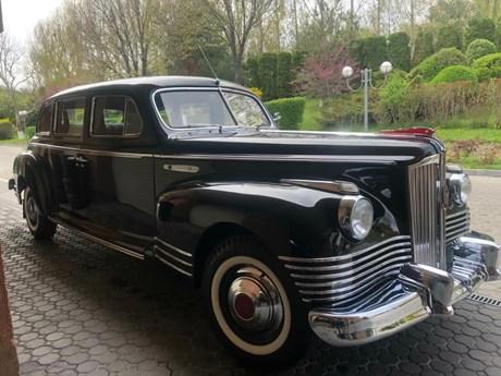 Xe Limousine hiếm thời Liên Xô được rao bán với giá gần 18 tỷ đồng