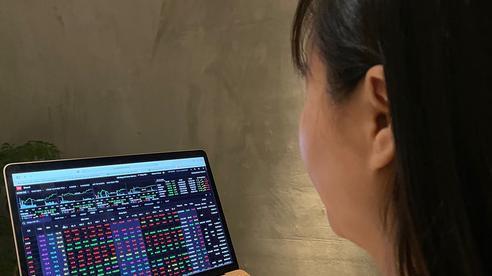 Chứng khoán ngày mai: Thận trọng khi VN-Index đã tăng 6 phiên liên tiếp