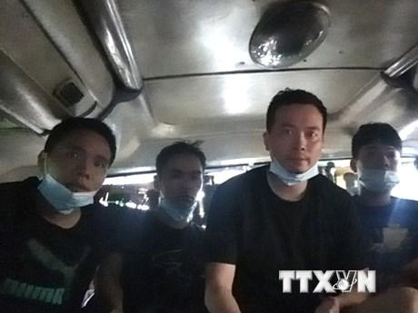 Quảng Bình: Phát hiện, cách ly 4 người Trung Quốc nhập cảnh trái phép