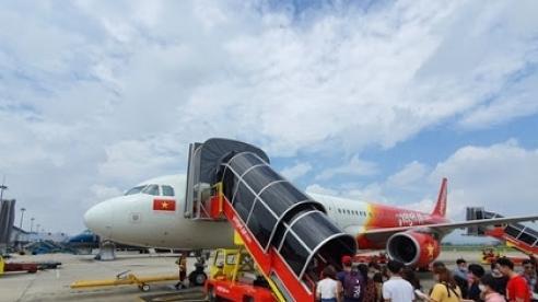 Tạm dừng chuyến bay chở khách quốc tế đến Nội Bài từ 0h ngày 1/6