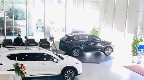 Ô tô tiếp tục giảm giá mạnh để ứng phó sức mua suy yếu do Covid-19