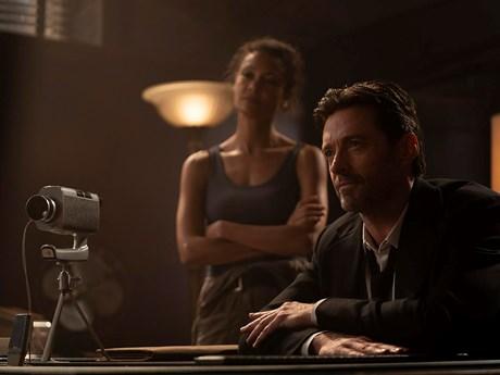 'Người sói' Hugh Jackman tái ngộ khán giả qua 'Hồi sinh ký ức'