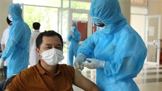 Thêm 145 ca dương tính SARS-CoV-2, chuyển gần 3.000 người khỏi ổ dịch phức tạp