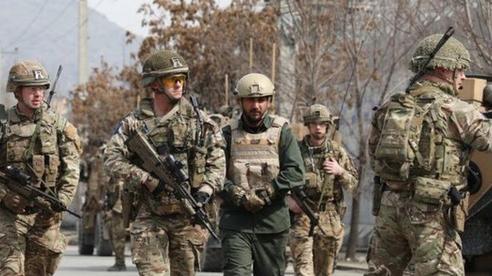 Mỹ để lại 'miếng bánh to' cho Trung Quốc ở Afghanistan