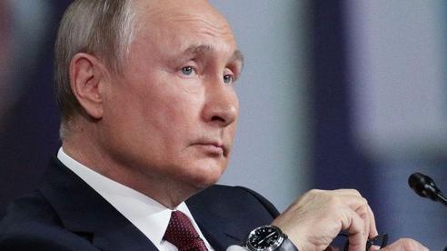 Tổng thống Nga: Mỹ đang bước vào vết xe đổ của Liên Xô