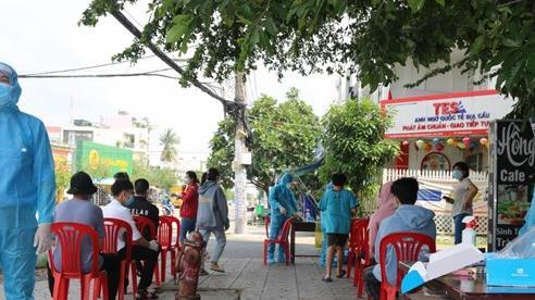 TP HCM: Phong tỏa một tòa nhà chung cư Bộ Công an